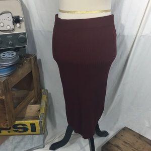 (NWT) Forever 21 Dark Maroon Rust Pencil Skirt